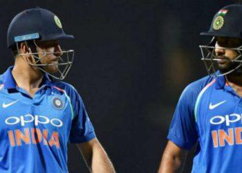 IND vs AUS Tension Brewing Between Rohit Sharma and Virat Kohli