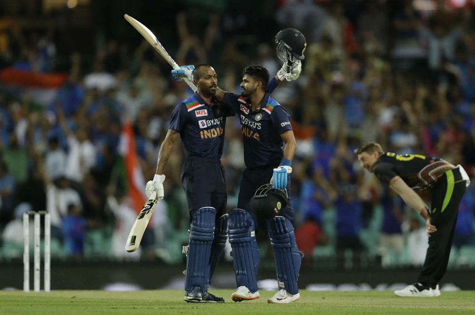 IND vs AUS India Beat Australia in the 2nd T20I and Clinch Series